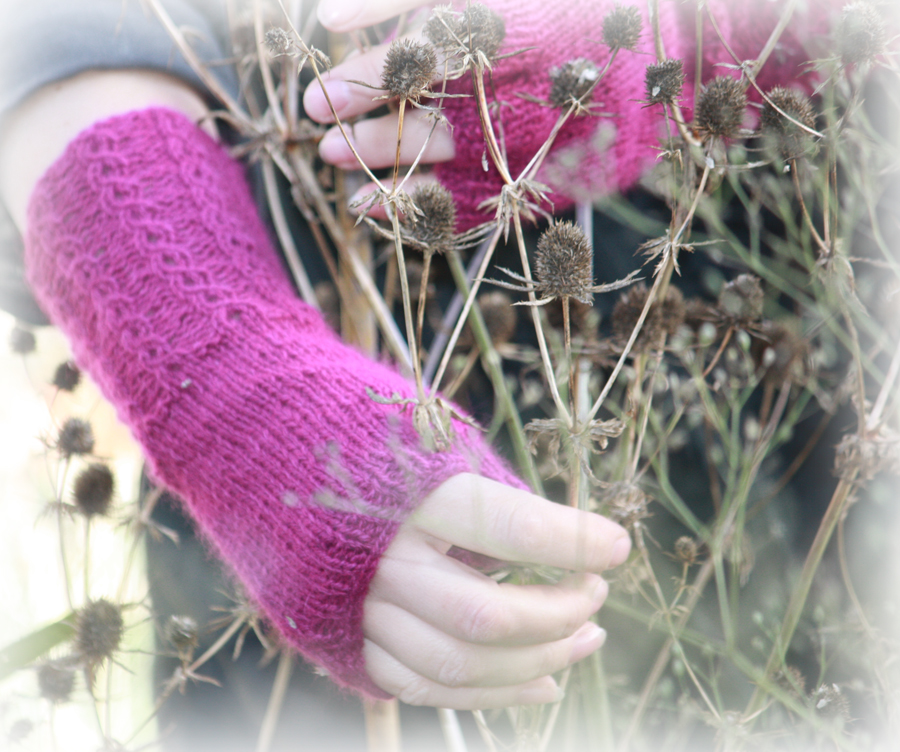 Mock Cable Rib Fingerless Gloves Knitting Kit