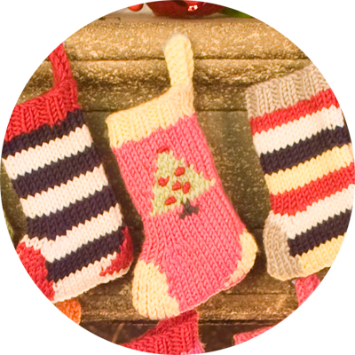 Knitting Pattern Christmas Bunting : Advent Stockings Kit Christmas Knitting Kit - advent bunting (mini Christmas ...