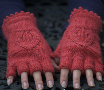 Fingerless gloves - free pattern - Eleven handmade crochets by