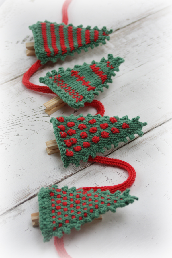 Christmas Card Display Knitting Kit
