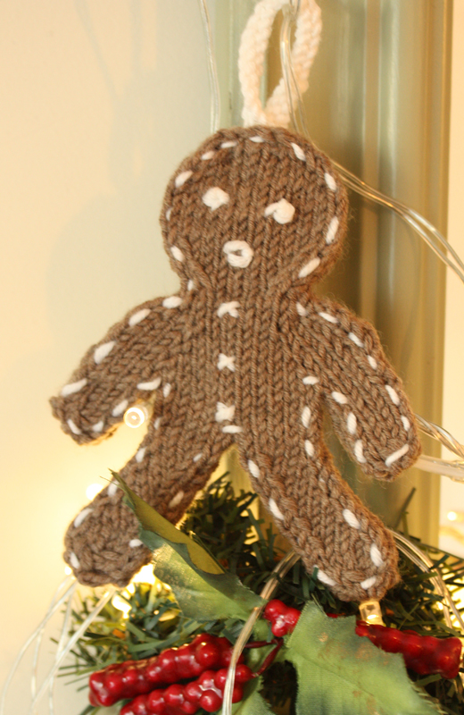 Gingerbread Men Tree Decorations Knit Kit