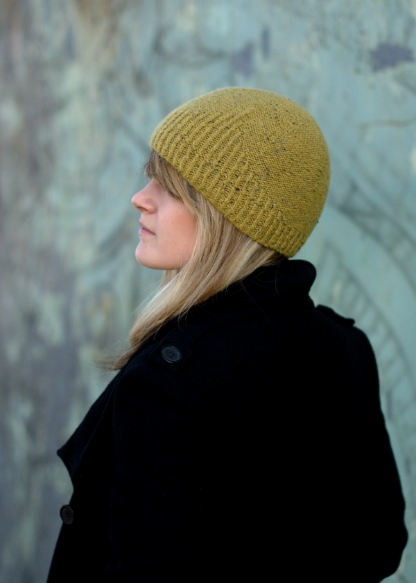 Half Theory Hat Knitting Kit - Click Image to Close