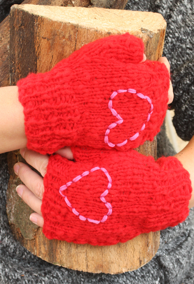 Be Mine Fingerless Mittens Kit