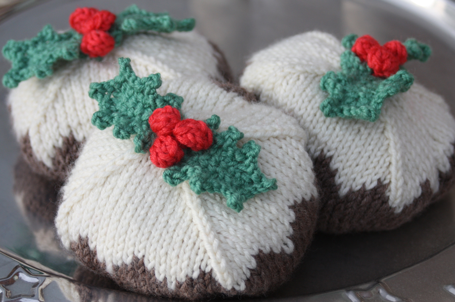 Juggling Christmas Puddings Knitting Kit