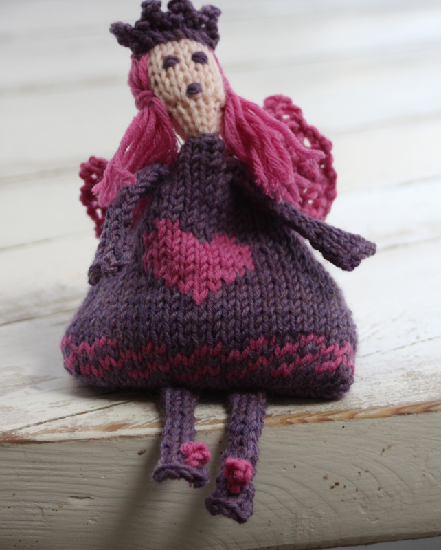 Juggling Faeries Knitting Kit - Click Image to Close
