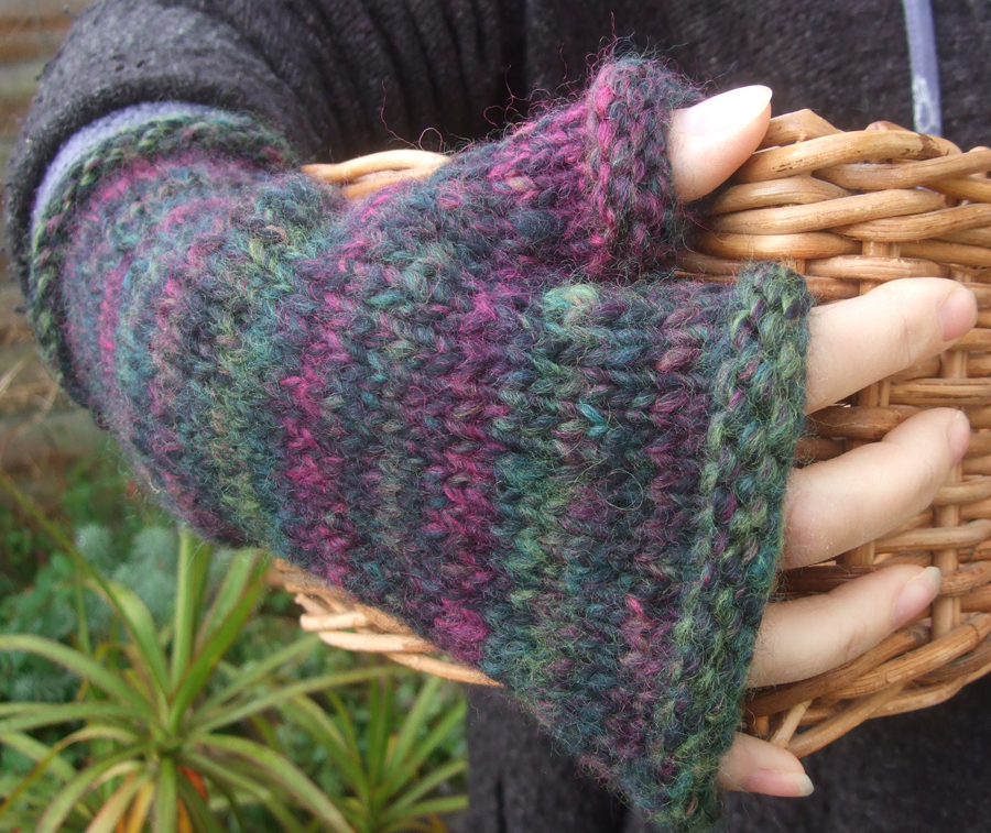 Hats and Gloves : The Little Knitting Company, welcome to our online little k...