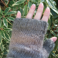 Rainbow Fingerless Mittens Kit